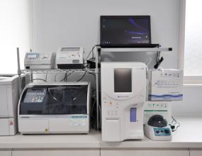 血液検査器・インフルエンザ等検査器
